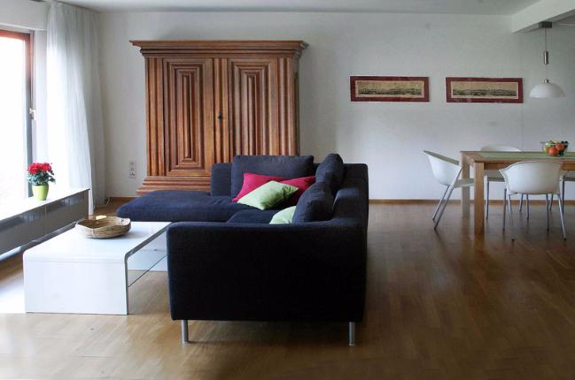 Essbereich, Frankfurter Schrank Barrock, Einrichtung Ferienwohnung